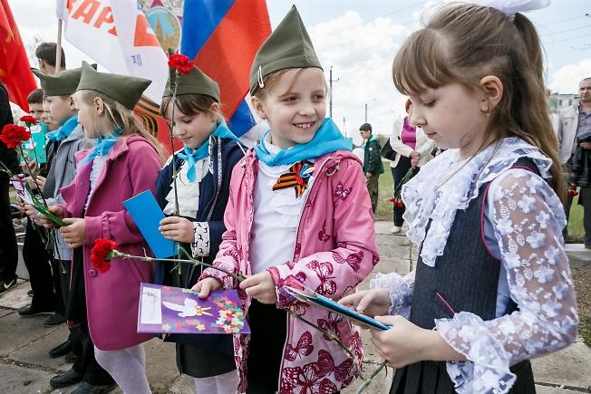 май 2016, 9 мая в поселке Мостовик