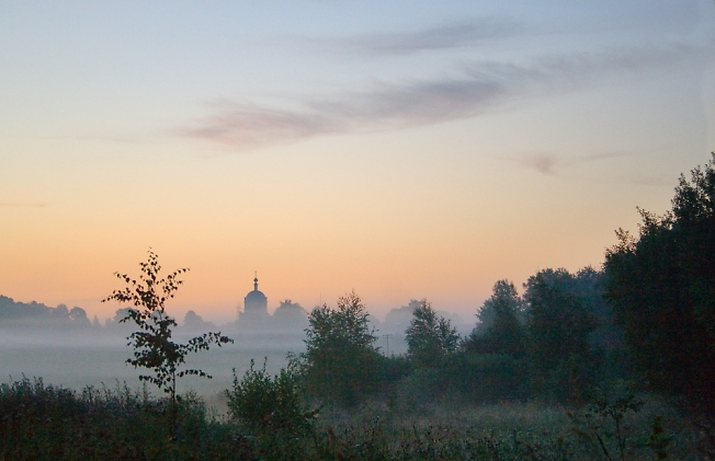 Утро на полях
