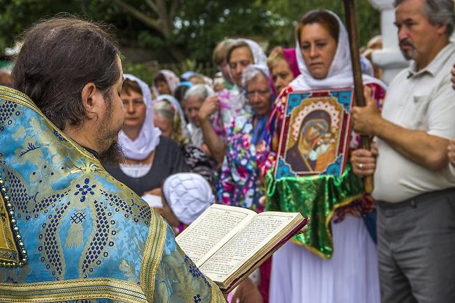 Праздник в честь явления иконы Пресвятой Богородицы во граде Казани