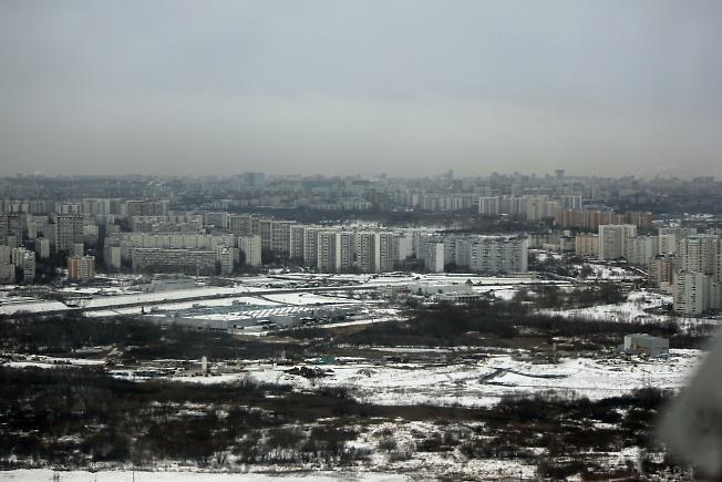 ...серая, унылая, скучная, тоскливая...но это все же Москва...