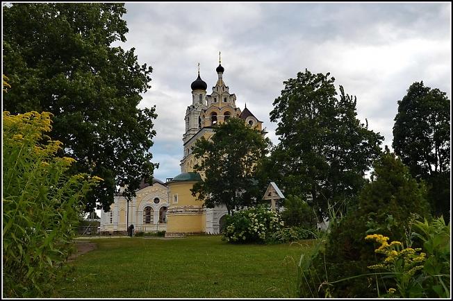 В Благовещенском монастыре, Киржач