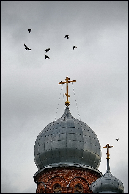 В престольный праздник в Михаило-Архангельском храме в Шарапово