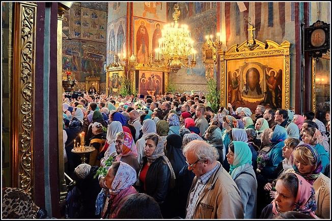 В Успенском соборе на Святую Троицу