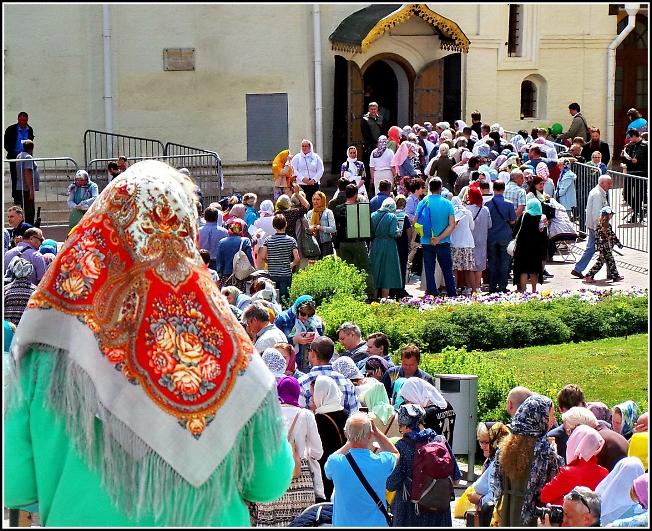 К преподобному Сергию в праздник Святой Троицы