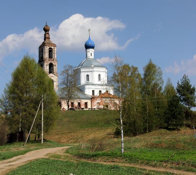 Восстанавливается храм