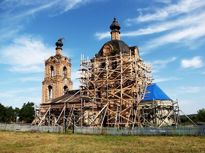 Храм в Головино