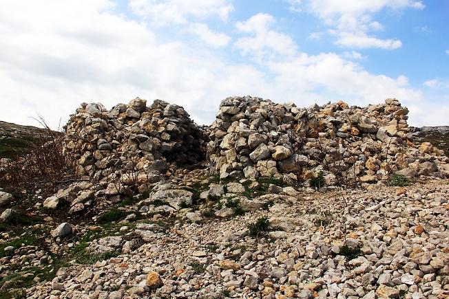 Развалины в горах