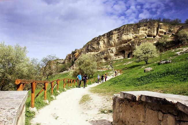 На пути в пещерный город