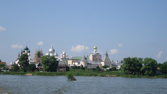 озеро Неро, Ростовский Кремль