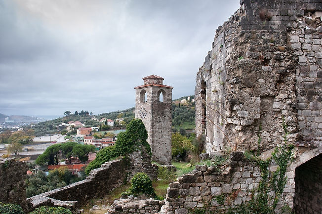 Руины собора Святого Георгия в Баре