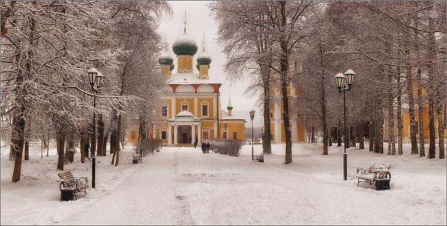 Углич. Зимняя панорама в Кремле