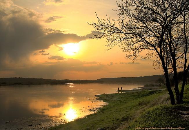 ...теплый апрельский вечер на Немане...