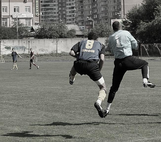 """""""Странные танцы"""" или футбол"""