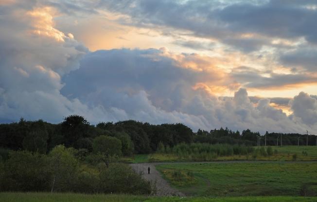 Прогулка под облаками