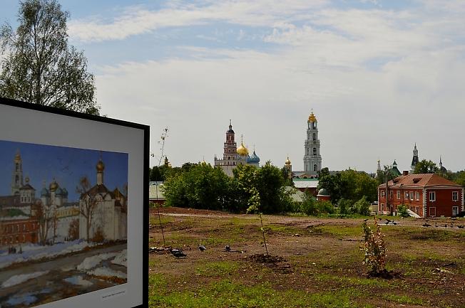 Выставка Сергиево-Посадских художников в День России.