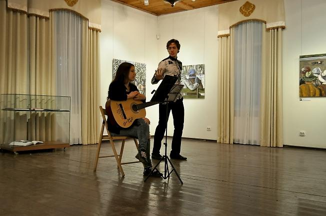 Вечер в музее. Выступление Елены Пантелеймоновой и Петра Ишонина.