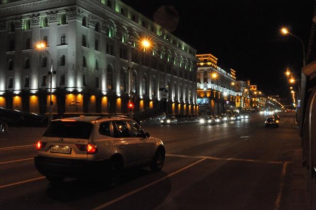 Улица ночного Минска