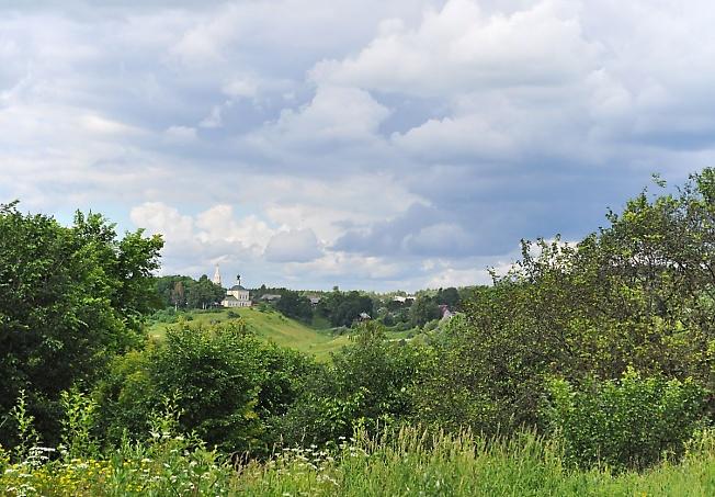 Пейзаж в небольшом городке