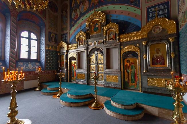 В храме Святителя Спиридона