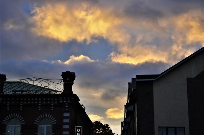Необычное вечернее небо