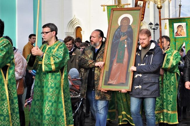 """Крестный ход  """"Тропою  пр. Сергия.""""  Преподобне отче наш Сергие, моли Бога о нас!"""