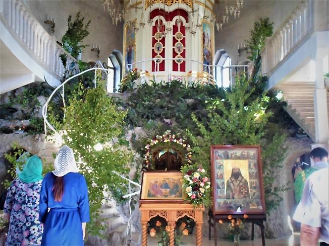 В Спасо-Вифанском монастыре на Троицу