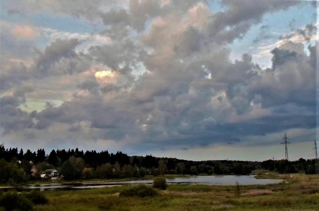 Небо над Сизинихой   ( за пос. Лакокраска)