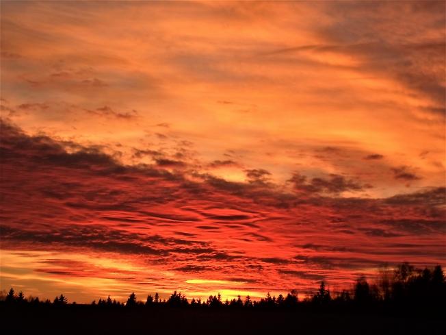 Реальное небо без фильров. Как прекрасен этот мир!
