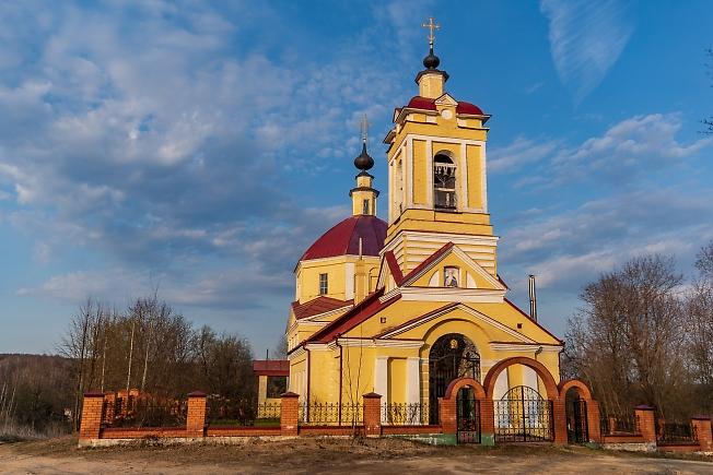 Церковь Иоанна Богослова в д. Слотино