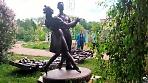 Скульптура «Выпускникам 1941 года» уже на бульваре Кузнецова