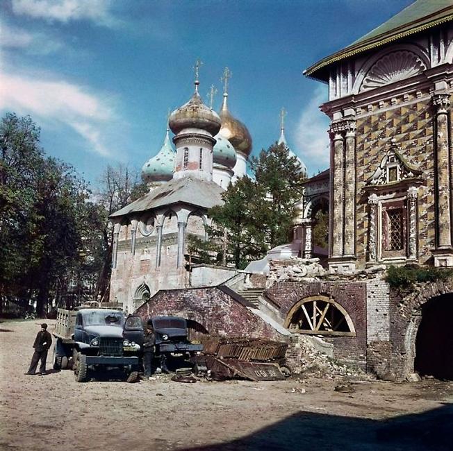 Троице-Сергиева лавра в Загорске 1947 г.