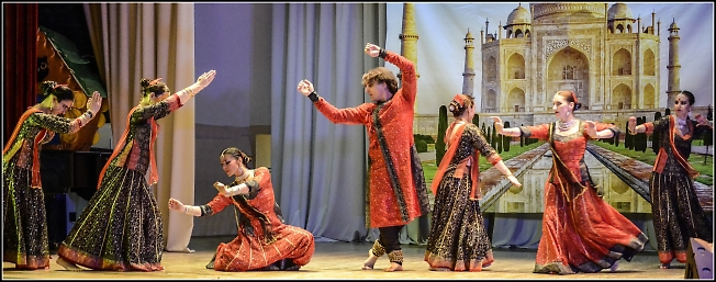 Концерт-конкурс индийского танца.