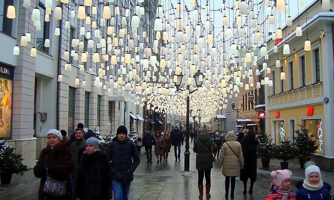 Московский новогодний переулок