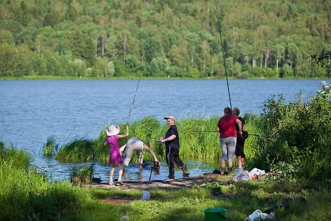 рыбалка с семьей в школе