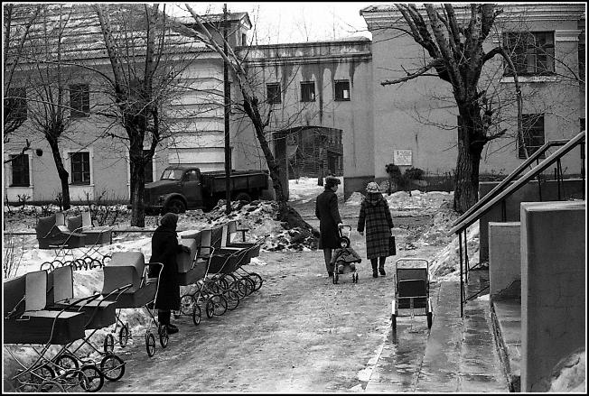 Двор в Омске, начало 80-х