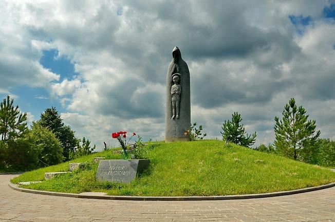 Памятник прп. Сергию в Радонеже