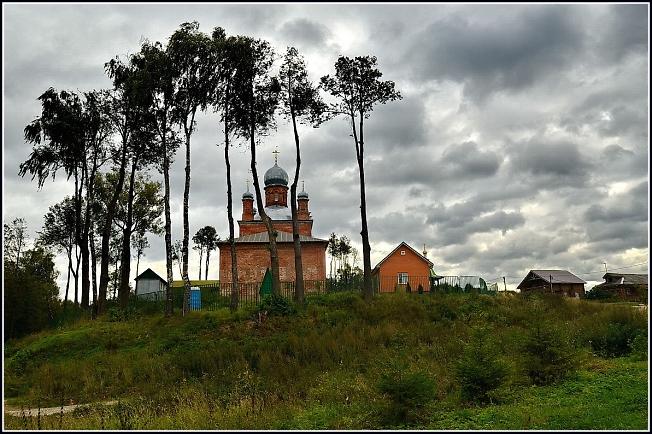 Михаило-Архангельский храм в Шарапово