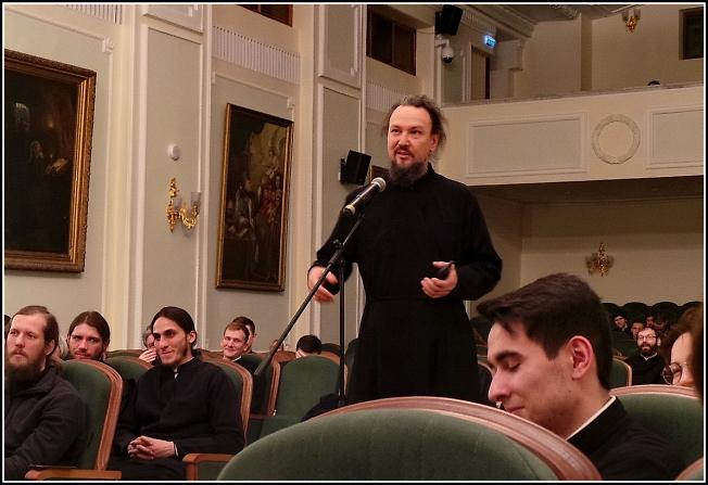 Отец Павел Великанов