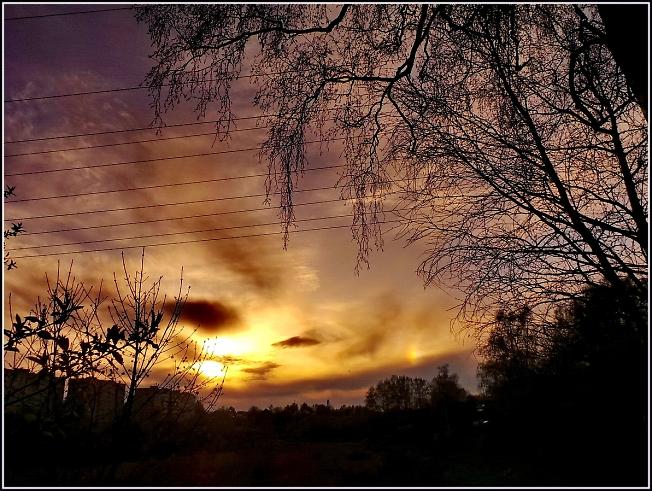 На закате в  Светлый понедельник