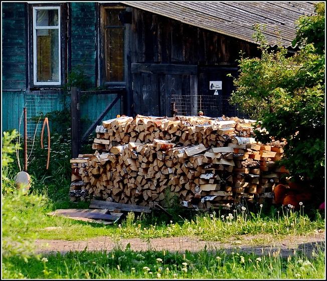Готовь дрова летом :)
