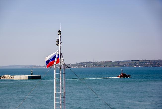 В порту Кавказ