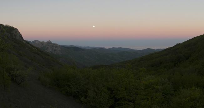 Крымская лунная ночь
