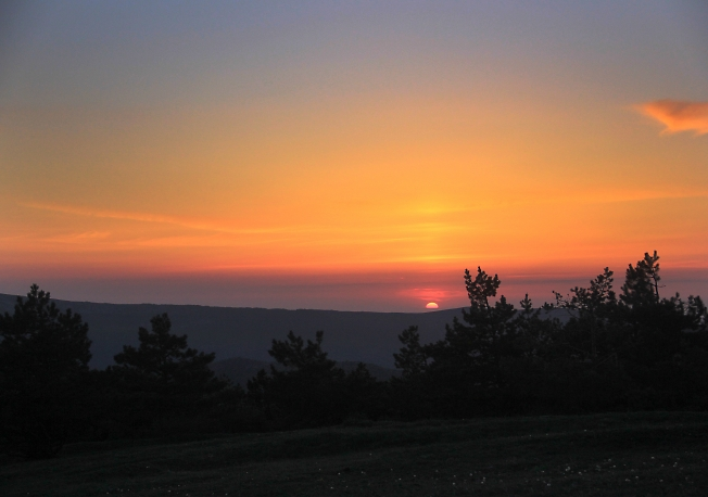 Вечер в крымских горах