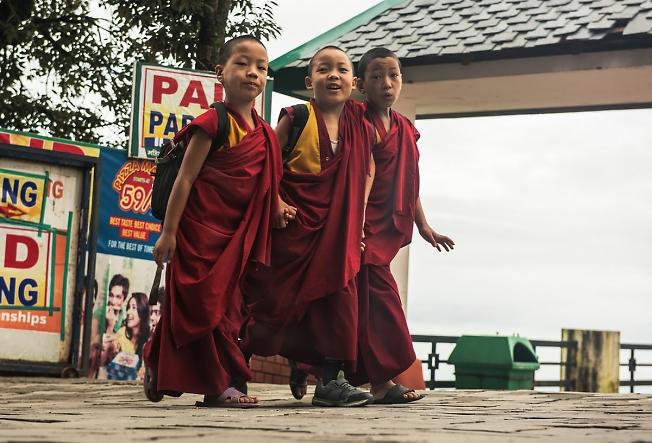 """""""Тибетские школьники"""""""