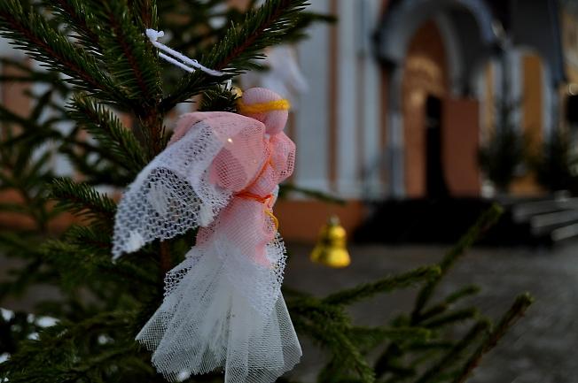 Ангелочек прилетел... С Рождеством Христовым !