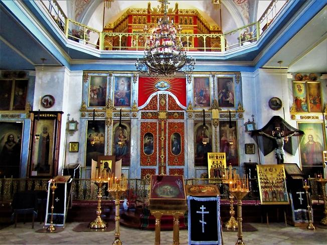 Крестовоздвиженский храм в Великий Четверг