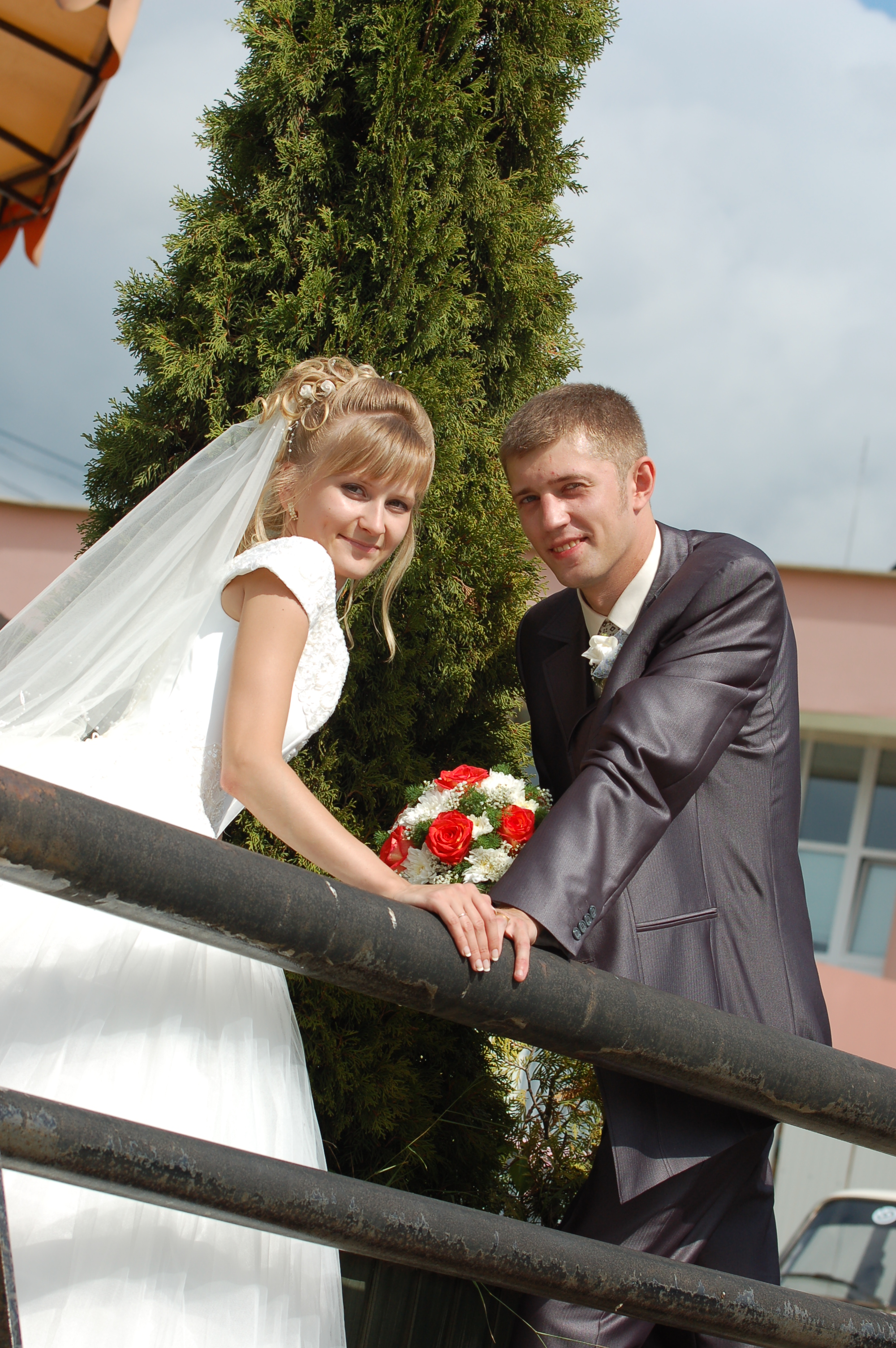 Фото вячеслава мясникова с женой и детьми
